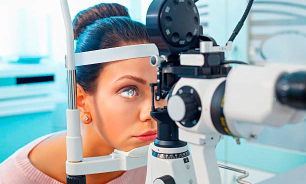 врач офтальмолог Вологда